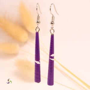 boucles d'oreilles violettes